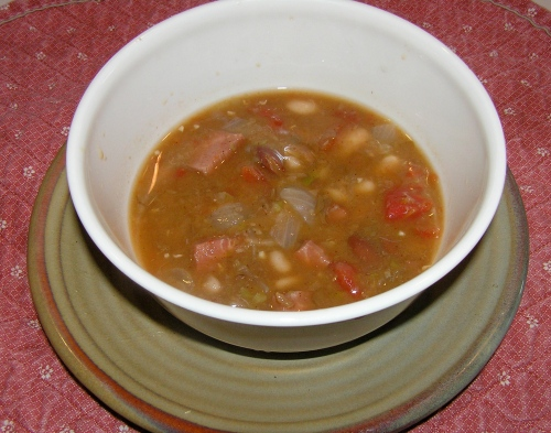 bean-soup-bowl