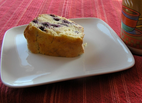 blueberry-bundt-cake-slice1