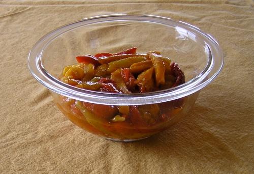 tricolor pepper salad