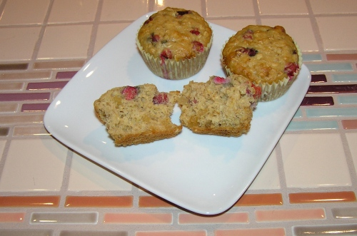 ginger cranberry muffin