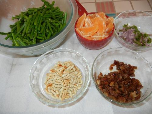 Quinoa Asparagus Salad ingredients